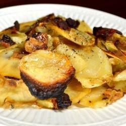 Potato Casserole With Caramelized Onions