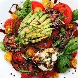 Summer Tomato and Avocado Salad