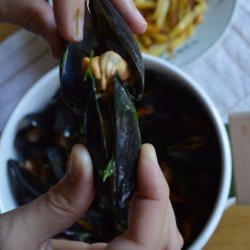 Moule Frites (Mussels With Chips)