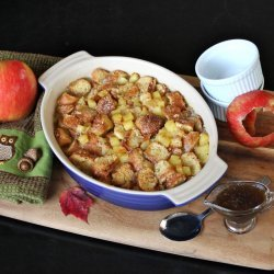 Apple Bread Pudding With Maple Rum Sauce