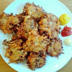 Potato Latkes:  (Potato Pancakes)