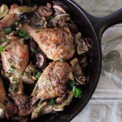 Skillet Chicken With Artichokes and Mushrooms