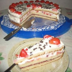 Fudge-Strawberry Cream Torte recipe