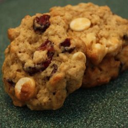 Oatmeal Cookies W/White Chocolate Chips and Cranberries