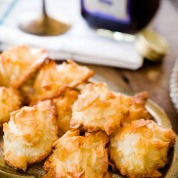 Ginger Coconut Macaroons