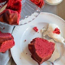 Love and Kisses Red Velvet Cake