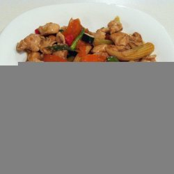 Chicken and Cashews Stir-Fry