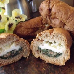 Bacon, Egg and Spinach Breakfast Rolls