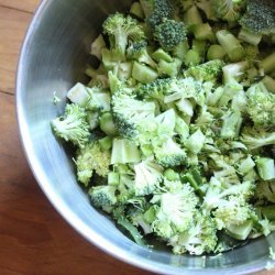 Broccoli With Sun-Dried Tomatoes and Pine Nuts