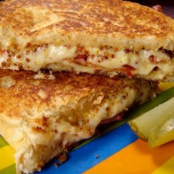 Grilled Cheese With Bacon and Maple Mustard recipe