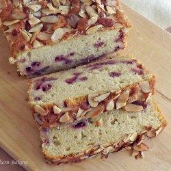 White Chocolate-Almond Cake