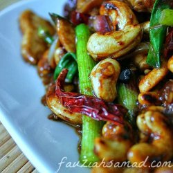 Szechuan Chicken With Cashew Nuts