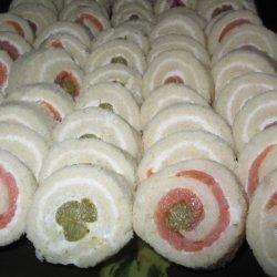 Smoked Salmon Asparagus Pinwheels (Party Sandwiches)