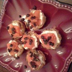 Mini Potato Baskets, Smoked Salmon & Toasted Capers #5FIX