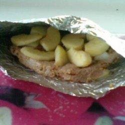 Foil Bag-Baked Pork With Apples