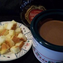Slow Cooker Amaretto Chocolate Fondue