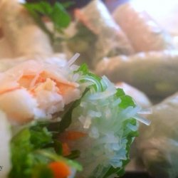 Shrimp Spring Rolls With Hoisin Dipping Sauce