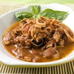 Calamari in Red Wine and Tomato Sauce