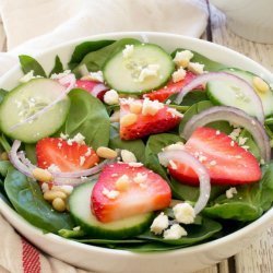 Spinach Salad With Creamy Dressing