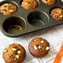 Pistachio Chocolate Chip Muffins!