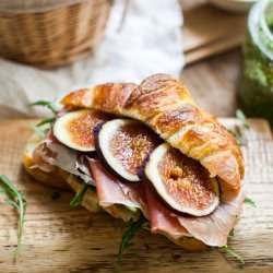 Prosciutto, Goat Cheese and Fig Sandwiches