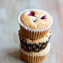 Healthy Lemon Raspberry Muffins