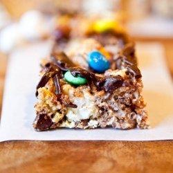 Krispy Chocolate Caramel Bars
