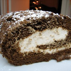 Gingerbread Roll With Cinnamon Cream