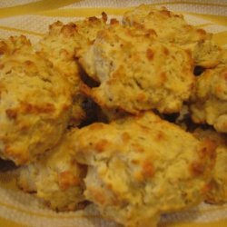Cheesy Garlic-Thyme Drop Biscuits