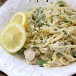 Chicken and Pasta With Asparagus and Lemon
