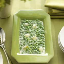 Peas With a Fresh Tarragon Goat Cheese Sauce recipe