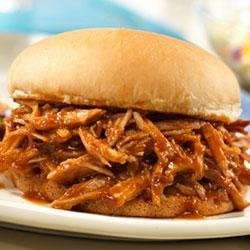 Campbell's(R) Slow-Cooked Pulled Pork Sandwiches