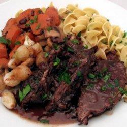 Crock Pot Pot Roast With Noodles