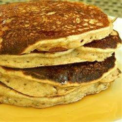 Whole Grain Banana Pancakes