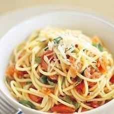 Tomato Basil Pasta (Bruschetta Pasta)
