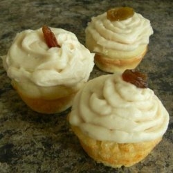 Rum Raisin Minicakes With Maple Frosting recipe