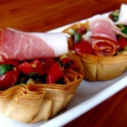 Easy Phyllo Cups With Salad and Ham (Side or Snack)
