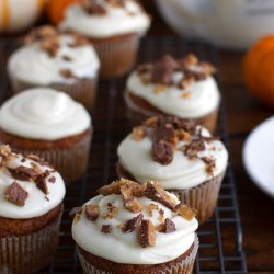 Maple Cupcakes With Maple Frosting