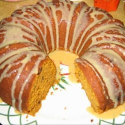 Pumpkin Raisin Spice Bundt Cake
