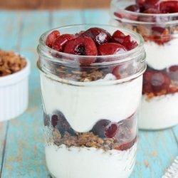 Cherry Yogurt Parfaits