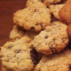 Old Fashioned Farmstyle Oatmeal Cookies