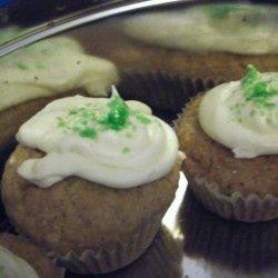 Frosted Lemon Cupcakes Vegan recipe