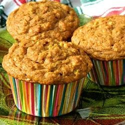 October Oatmeal Pumpkin Muffins