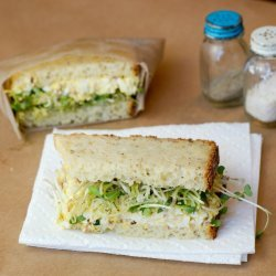 Bacon-Egg Salad Sandwiches