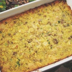 Deluxe Cornbread Dressing Casserole (Big Batch)