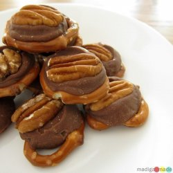 Easy Peanut Butter Cup Bites