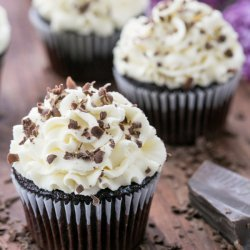 Chocolate Cupcakes With White Chocolate