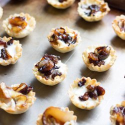 Brie With Caramelized Onions