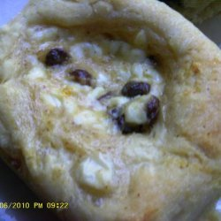 Kolache Raisin Cottage Cheese Filling