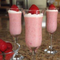 Easy Strawberry Dessert recipe